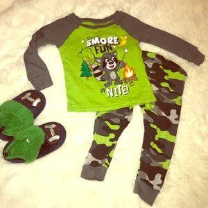 Other - 🌜 Pajama Set 18 mos boy🌛
